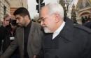 Le ministre iranien des Affaires étrangères Mohammad Javad Zarif arrive à l'ambassade iranienne à Vienne le 18 novembre 2014 dans le cadre de la reprise des négociations avec les Occidentaux
