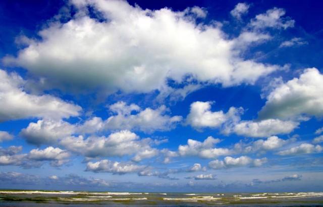 nuages-et-ciel-bleu