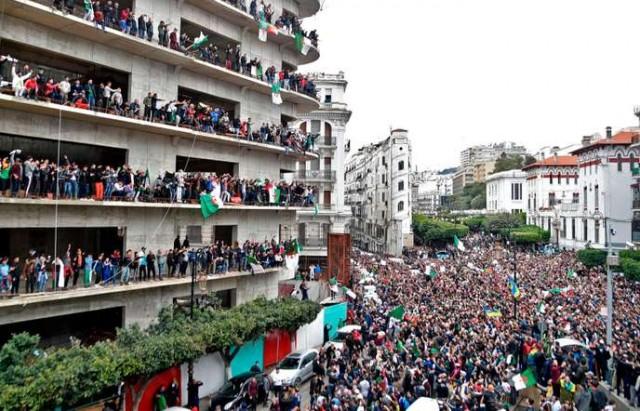 ALGERIA-POLITICS-VOTE-DEMO