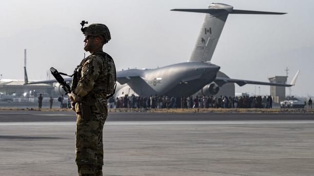 aeroport-kaboul-us-afp-3233-f9e693-0@1x